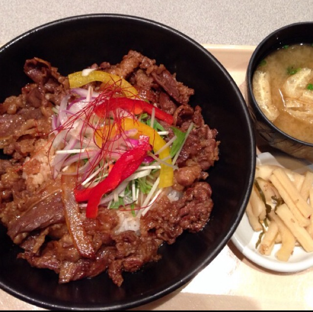 BBQ Beef Bowl at ASIAN CAFE Bowl Bowl on #foodmento http://foodmento.com/place/2453