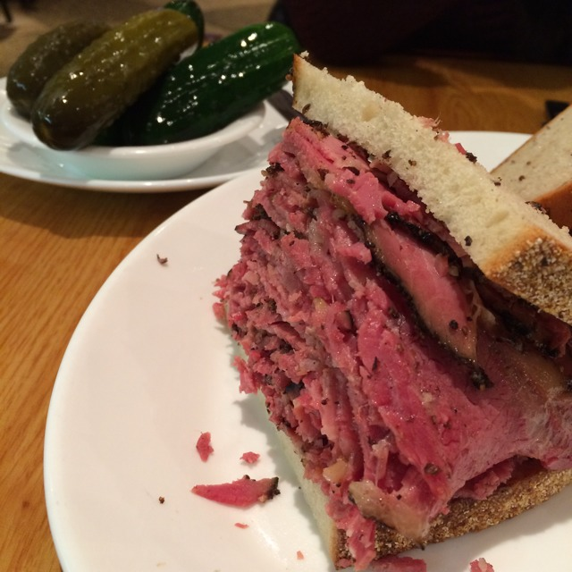 Carnegie Deli Hot Pastrami Sandwich at Carnegie Deli (CLOSED) on #foodmento http://foodmento.com/place/2458