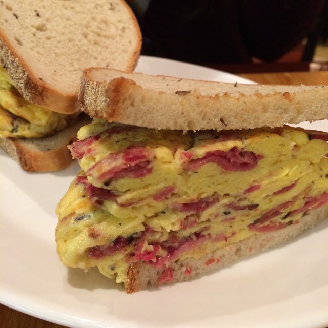 Pastrami & Egg Sandwich at Carnegie Deli (CLOSED) on #foodmento http://foodmento.com/place/2458