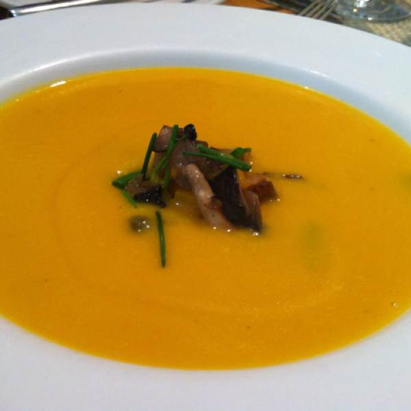 Butternut Squash Soup w Mushrooms at Nougatine at Jean Georges on #foodmento http://foodmento.com/place/292