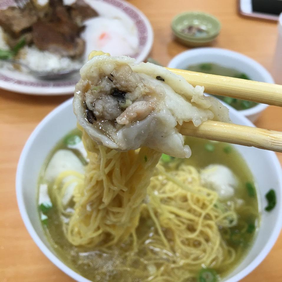 Fish Dumpling Noodle Soup at Bo Ky Restaurant on #foodmento http://foodmento.com/place/2946