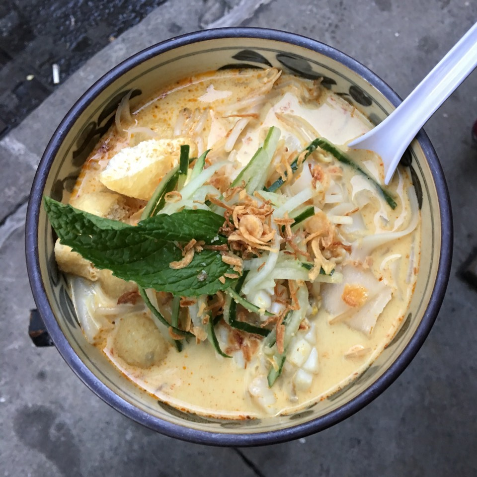 Curry Laksa - Noodle soup at Laut on #foodmento http://foodmento.com/place/3119