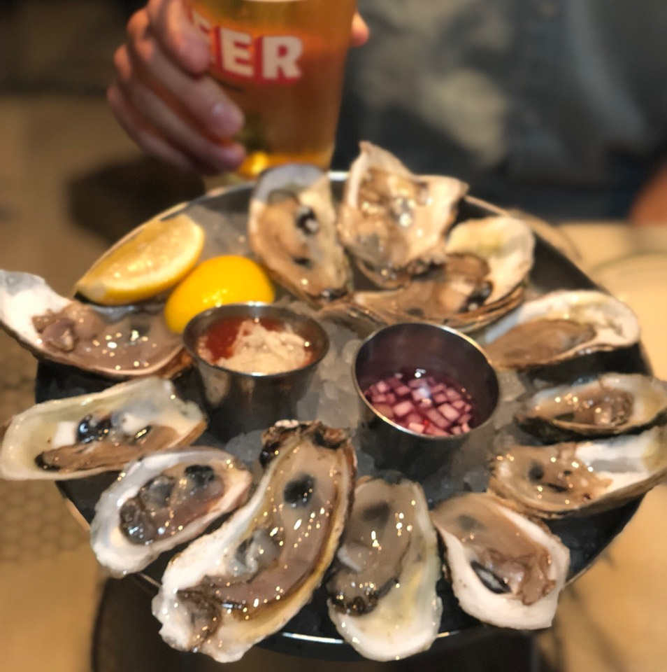 Red, White, Blue ($10 for 6 Blue Point Oysters   Drink) at Fish on #foodmento http://foodmento.com/place/3238