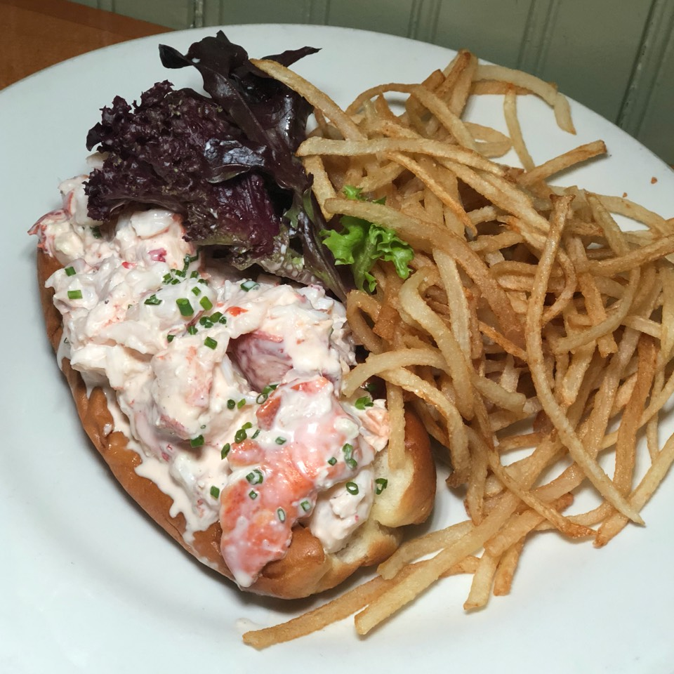 Lobster Roll with Shoestring Fries at Pearl Oyster Bar on #foodmento http://foodmento.com/place/3241