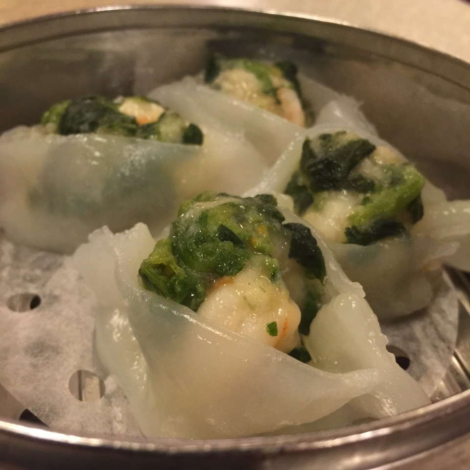 Snow pea n shrimp dumplings at Nom Wah Tea Parlor on #foodmento http://foodmento.com/place/3354
