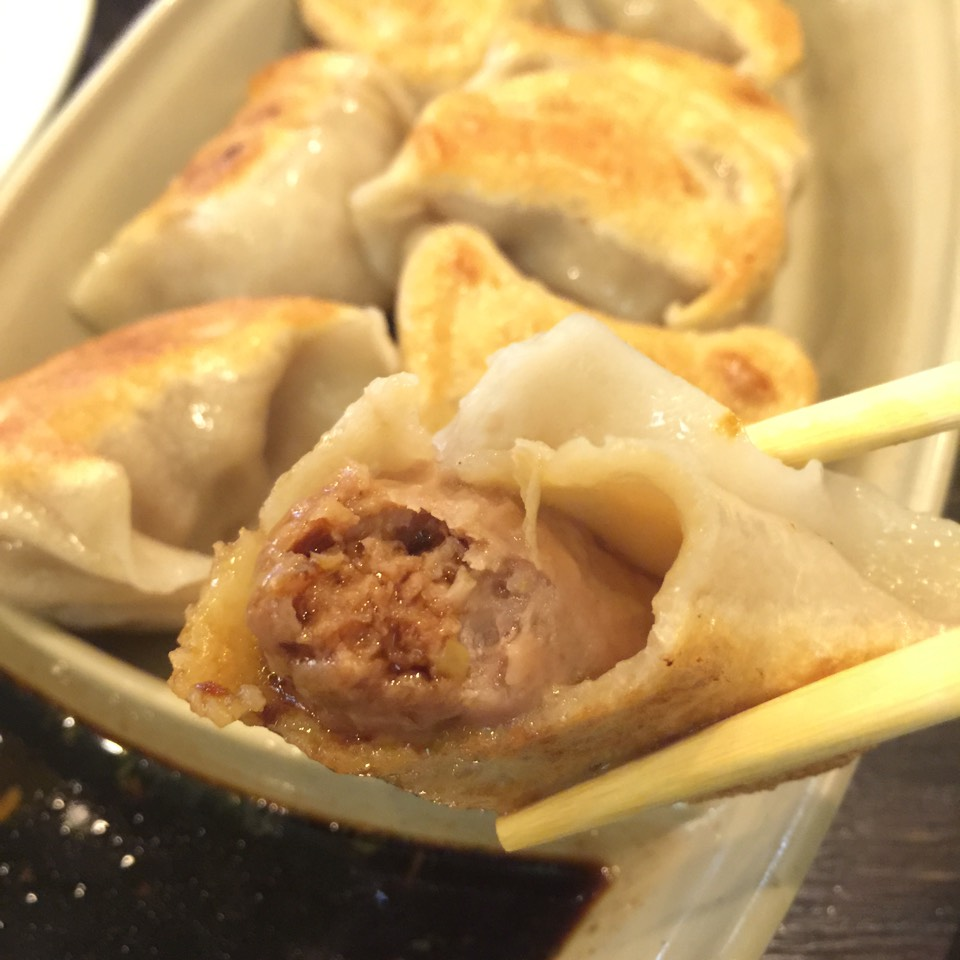 Pan-Fried Pork Dumpling at Shanghai Asian Manor on #foodmento http://foodmento.com/place/3809