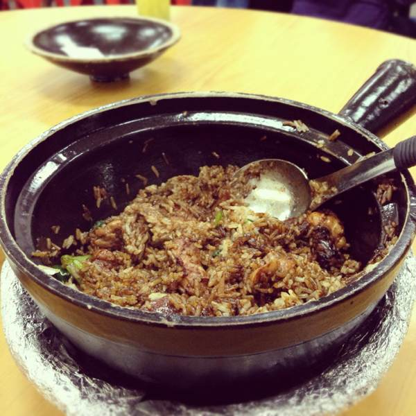 Claypot Rice (Chicken, Chinese Sausage...) at Geylang Claypot Rice on #foodmento http://foodmento.com/place/403