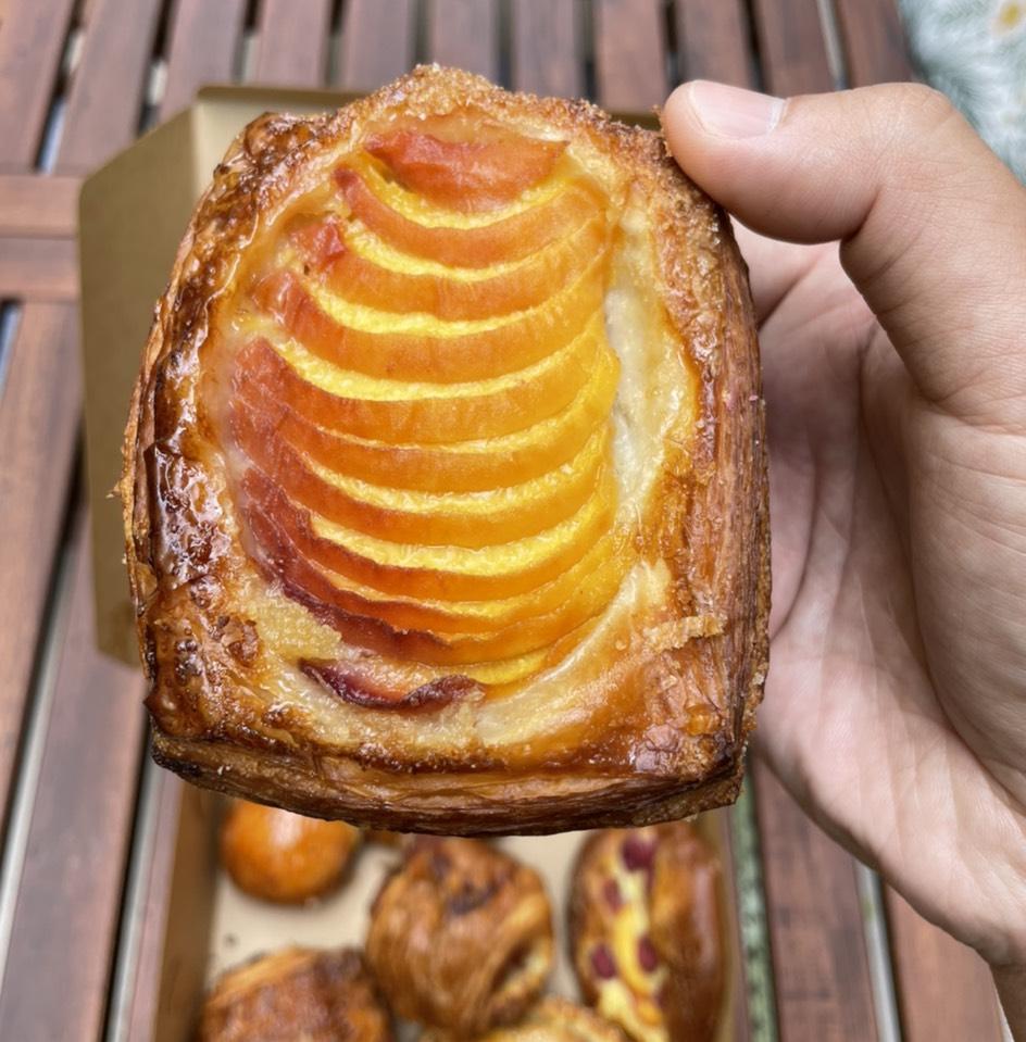 Berry Danish at République (Republique) on #foodmento http://foodmento.com/place/4460