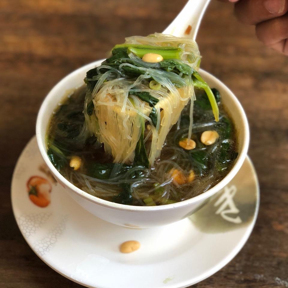 Phing Khastsa (w/ Garlic, Soya, Chili Sauce) at Phayul on #foodmento http://foodmento.com/place/4826