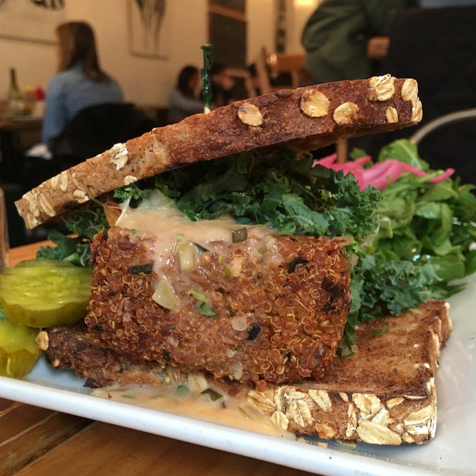 Crispy Vegan Quinoa & Artichoke Burger at Westville Chelsea on #foodmento http://foodmento.com/place/4841