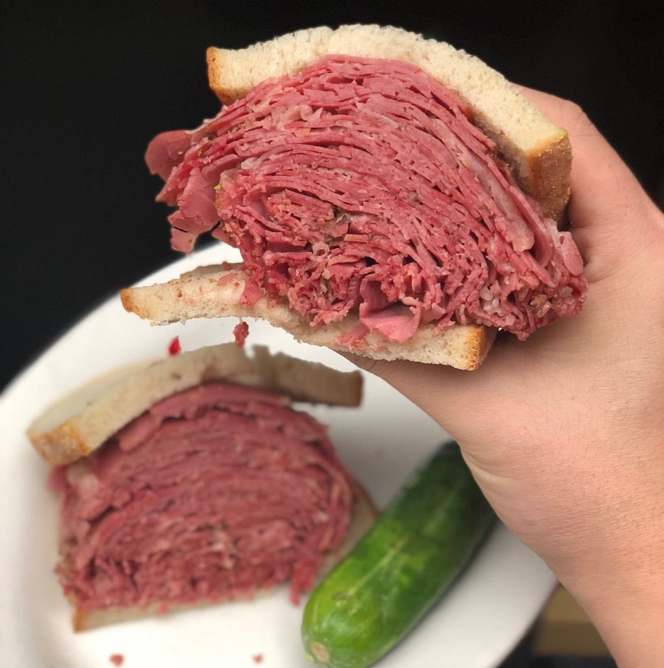 Hot Pastrami Sandwich at Sarge's Delicatessen on #foodmento http://foodmento.com/place/4887