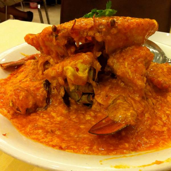 Chilli Crab at Long Beach Seafood on #foodmento http://foodmento.com/place/49