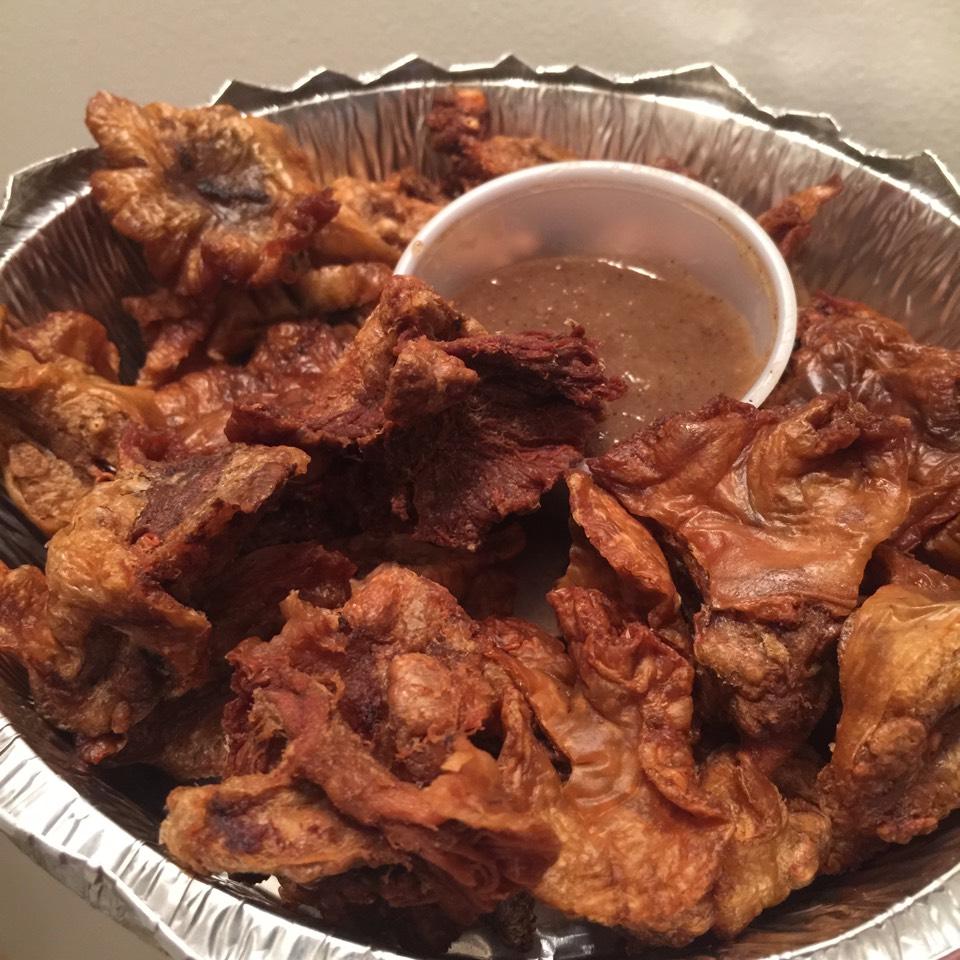 Chicharron Bulaklak (Deep Fried Pork Ruffle Fat)  on #foodmento http://foodmento.com/dish/20528