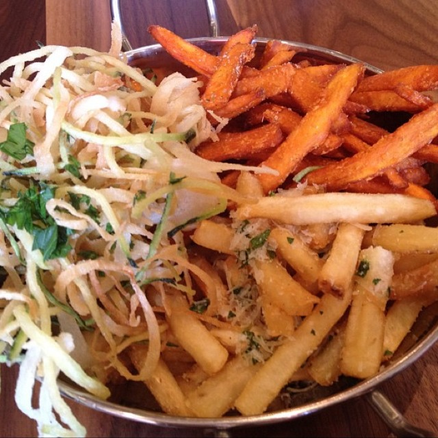 The Fry-Fecta (Russet Fries, Sweet Potato Fries, and Zucchini Onion Haystack) at Roam Artisan Burgers on #foodmento http://foodmento.com/place/531