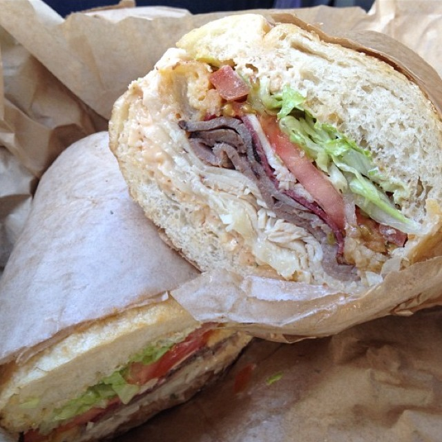 Matt Cain (Roast Beef, Turkey, Salami, God Father Sauce, Provolone) at Ike's Place (CLOSED) on #foodmento http://foodmento.com/place/569