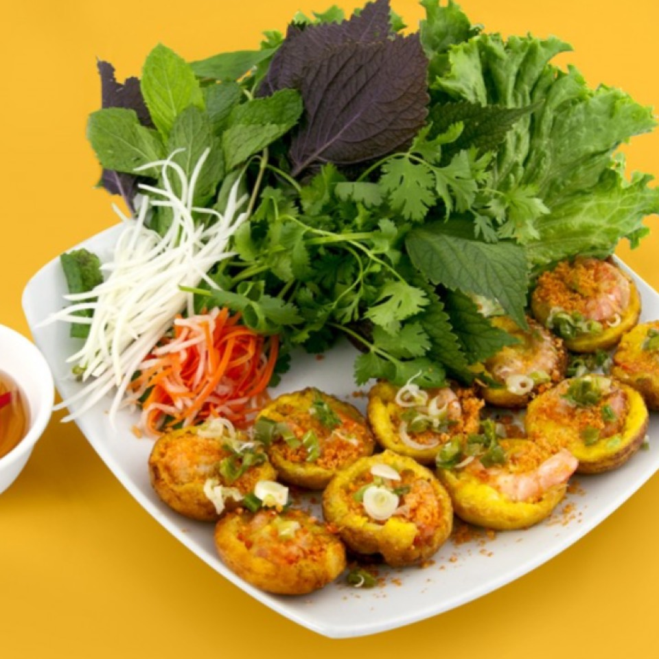 Vietnamese Rice Cake With Shrimp