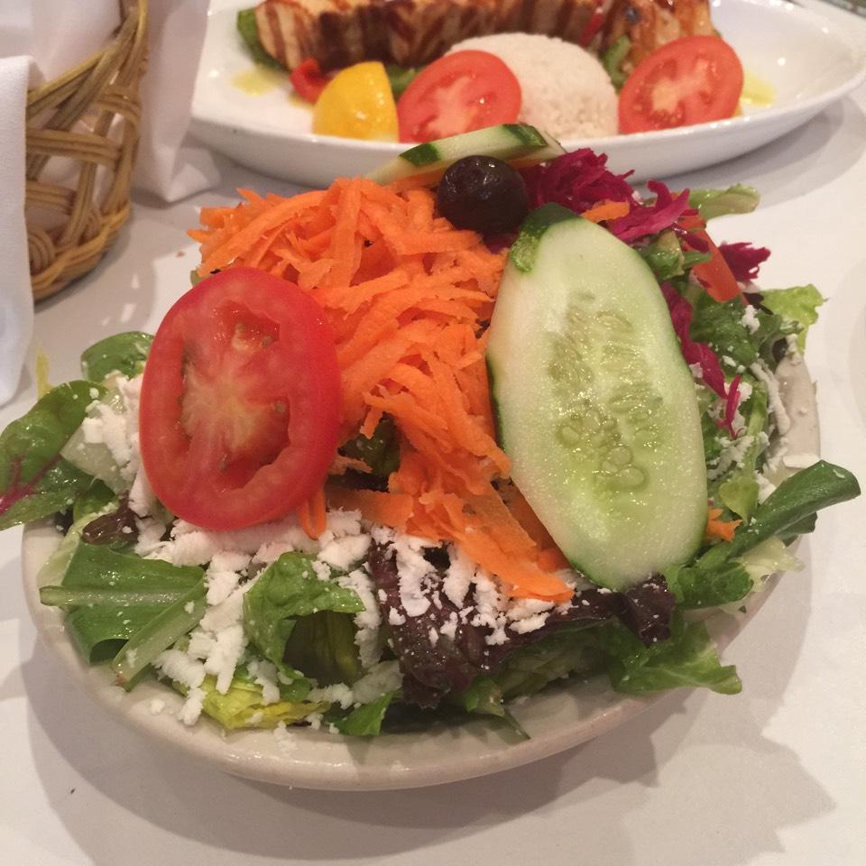 Mediterranean Salad (Akdeniz Salatasi) - Salads at Seven's Turkish Grill on #foodmento http://foodmento.com/place/7621
