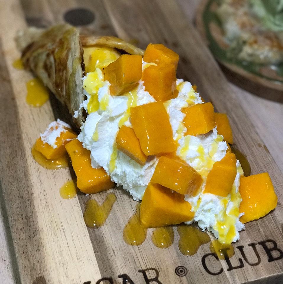 Mango Crepe Roti at Sugar Club (CLOSED) on #foodmento http://foodmento.com/place/7738
