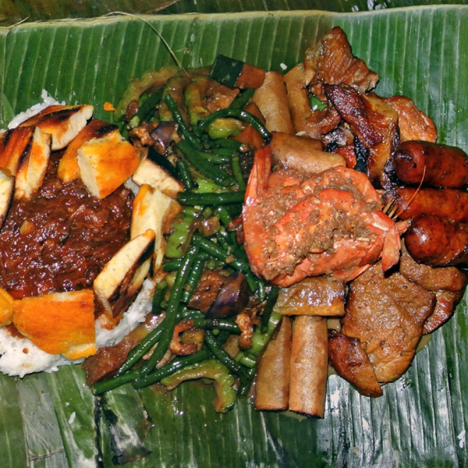 Kamayan Night (Bare Handed Filipino Feast) at Jeepney Filipino Gastropub on #foodmento http://foodmento.com/place/927