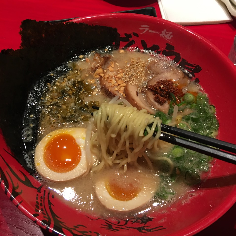 Zunbunose Ramen (Tonkotsu, All Toppings) at Zundo-Ya on #foodmento http://foodmento.com/place/9828