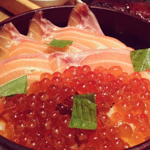 Salmon Don at Tsujita LA Artisan Noodle on #foodmento http://foodmento.com/place/681