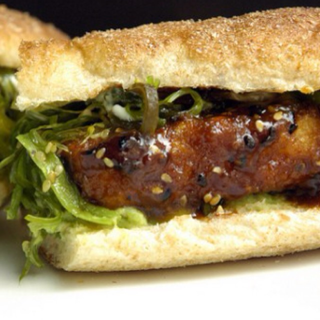 General Tso's Tofu Sub (Sandwich) at No. 7 Sub on #foodmento http://foodmento.com/place/1142