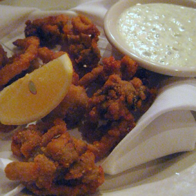 Fried Whole Ipswich Clams at Grand Central Oyster Bar on #foodmento http://foodmento.com/place/875