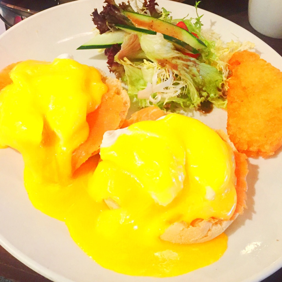 Eggs Benedict at Brunch Club & Supper on #foodmento http://foodmento.com/place/7575