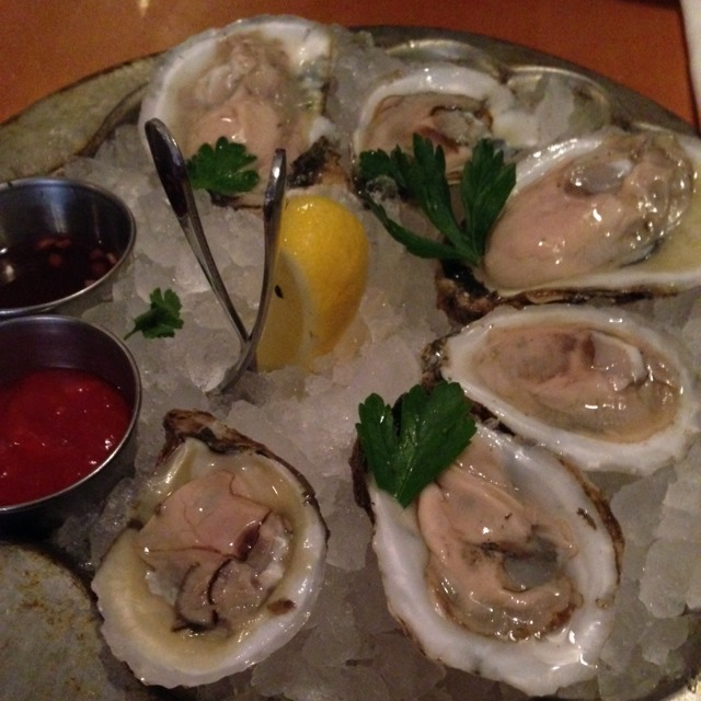 Market Oysters at Pearl Oyster Bar on #foodmento http://foodmento.com/place/3241