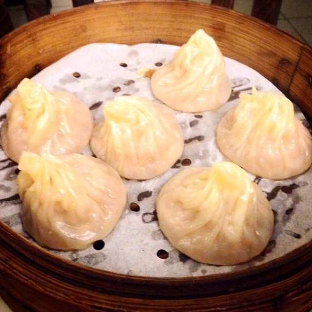 Pork Soup Dumplings (Xiao Long Bao) at Noodle Village 粥麵軒 on #foodmento http://foodmento.com/place/3564