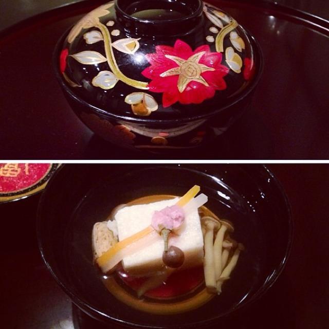 Clear Soup, King Crab Cake, Honshimeji Mushrooms on #foodmento http://foodmento.com/dish/16880