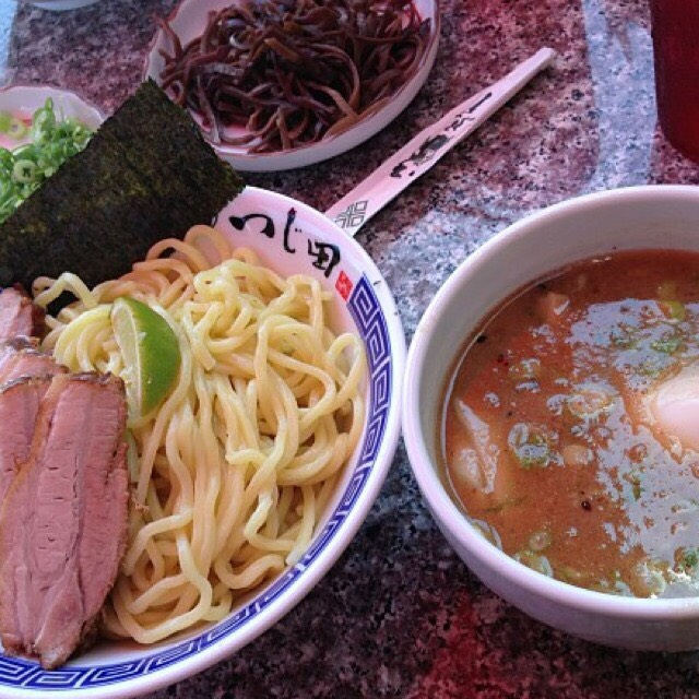 10 Essential LA Dishes (HungryinLA)